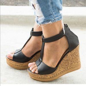SHOEROOM21 boutique Shoes - 🎉NEW🎉LADIES CHAMPAGNE BOHO PLATFORM WEDGES